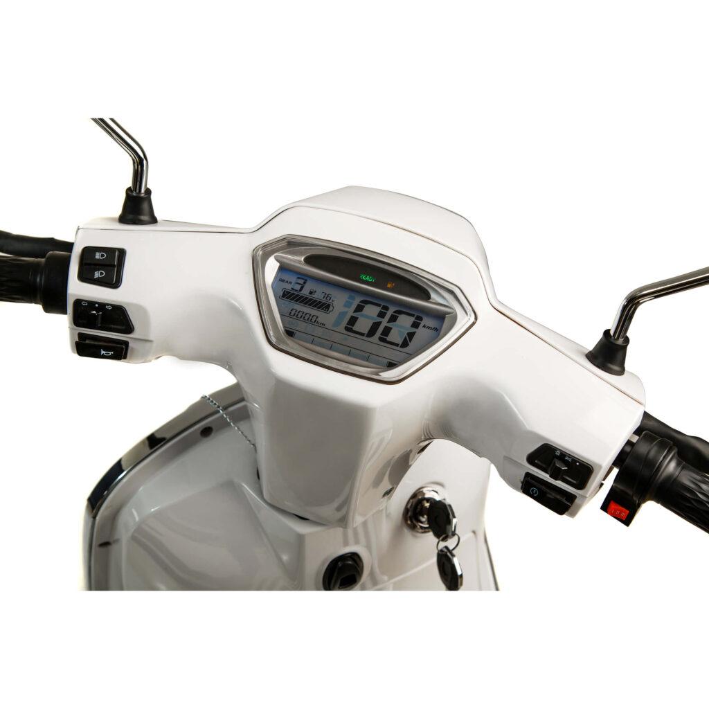 صفحه نمایش موتور برقی طرح وسپا HT3000