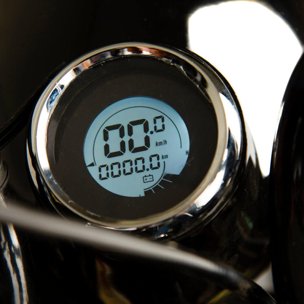 تصویر صفحه نمایشگرموتور سیکلت الکترونیکی EH1200