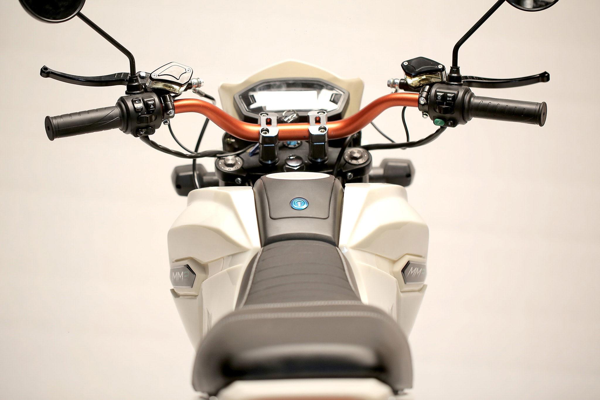 تصویر صندلی موتور برقی MM3