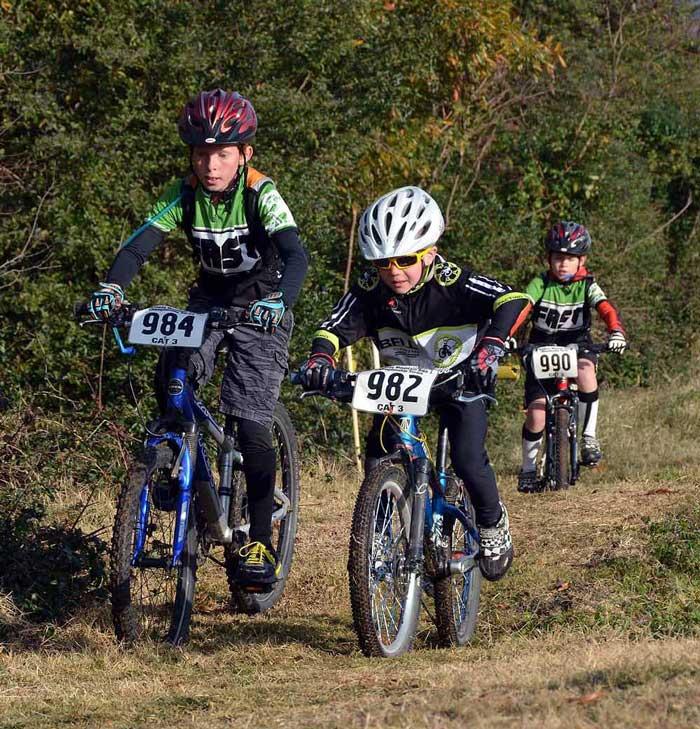 مسابقه دوچرخه سواری کودکان