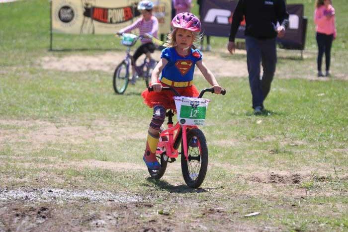 کودک دوچرخه سوار ، فروش انواع دوچرخه
